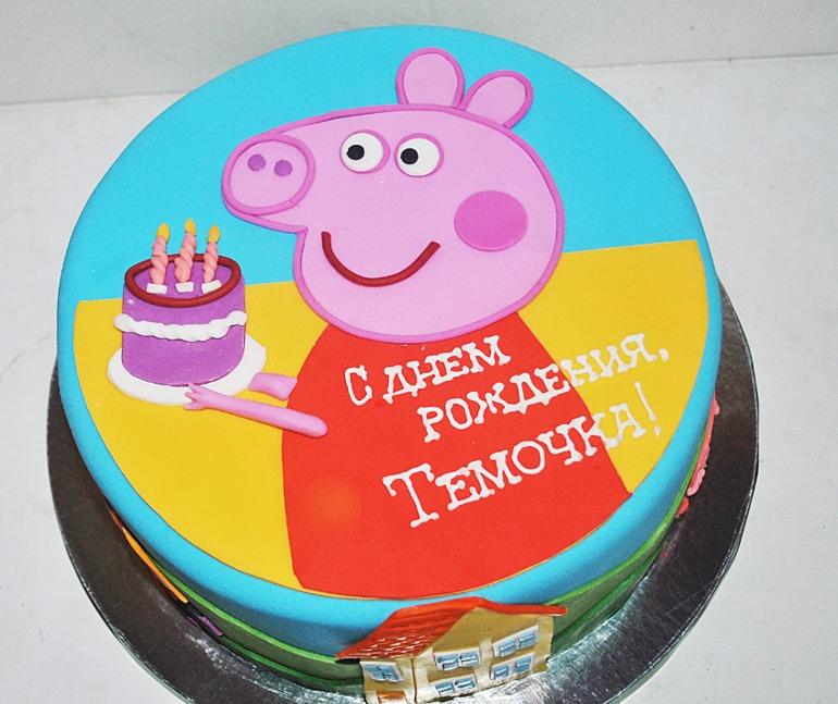 Торт в виде пеппы